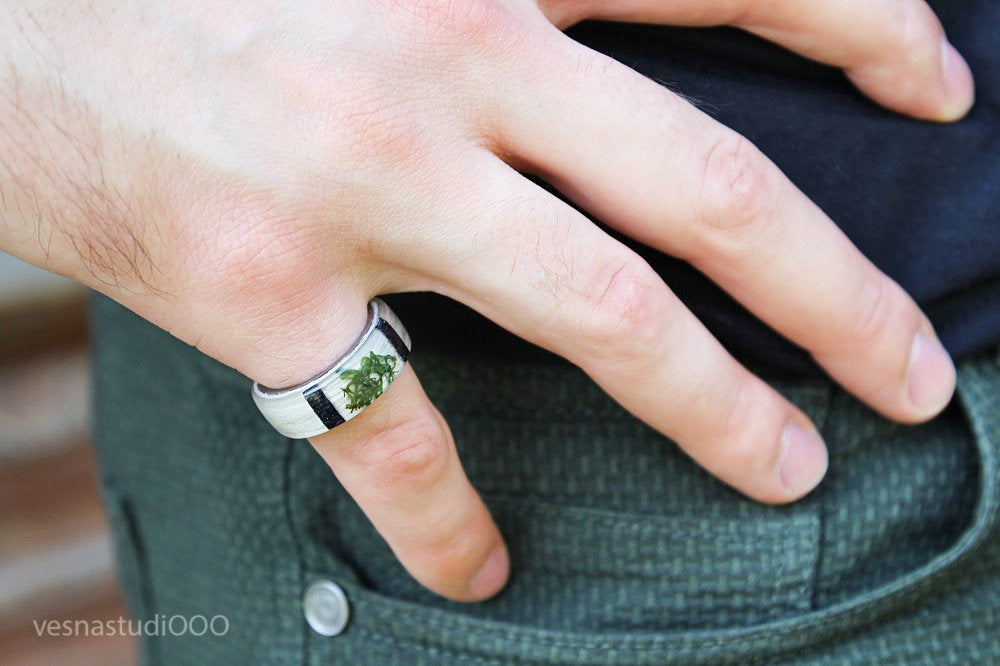 Forest Tree Moss Ring