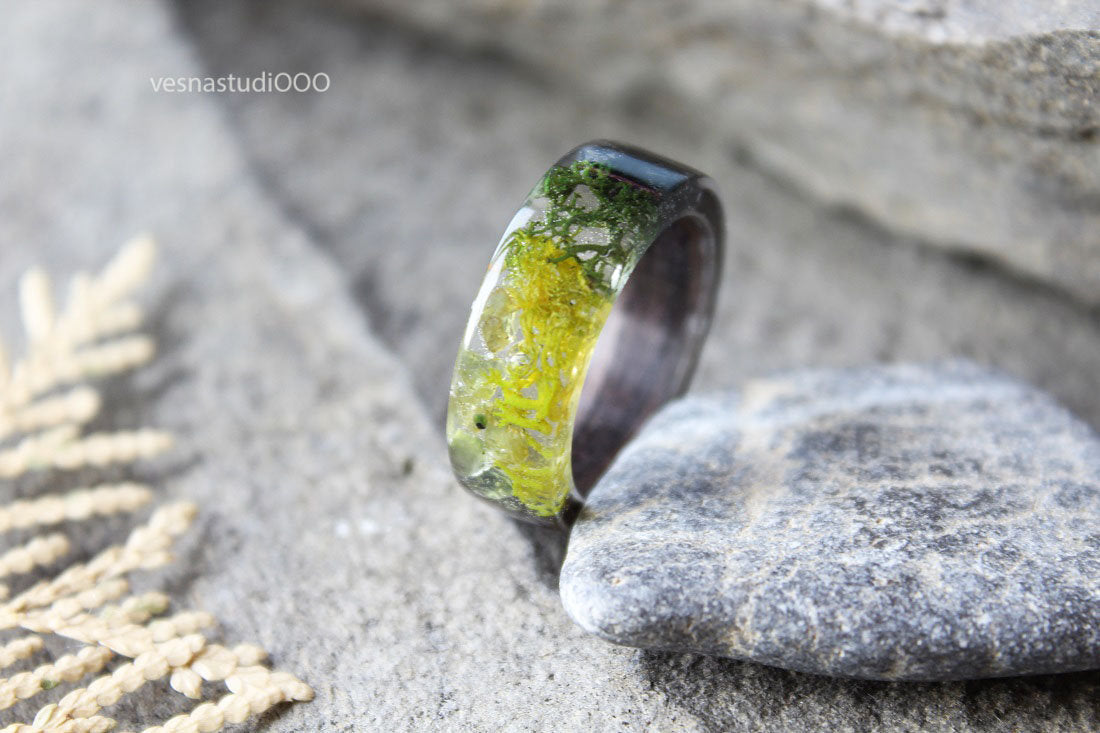 Green Peridot Moss Ring