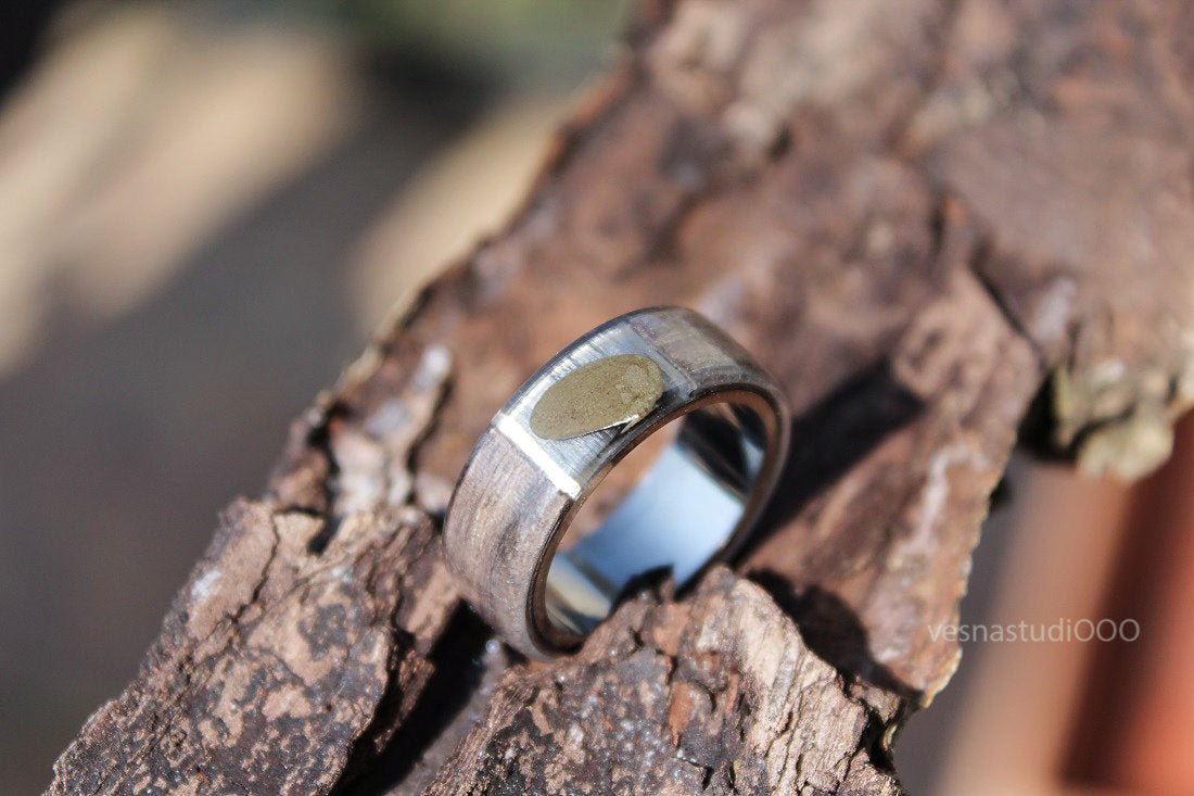 Avant Garde Minimalist Brown Ring