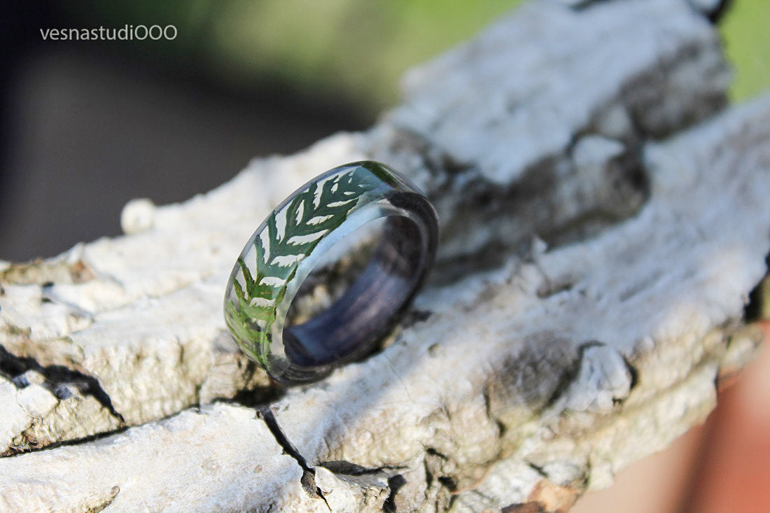 Green Brown Fern Ring