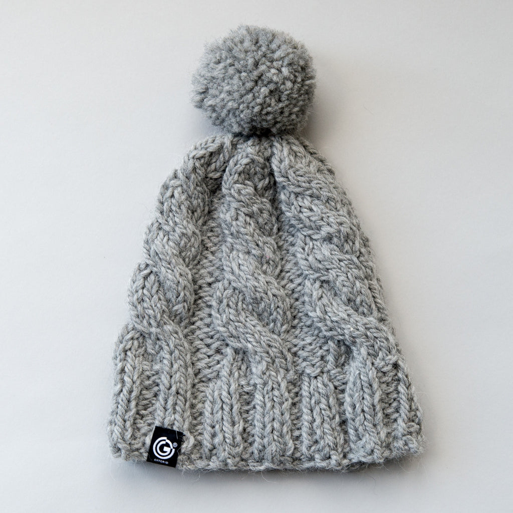 Chunky Cable Beanie with bobble - Grey