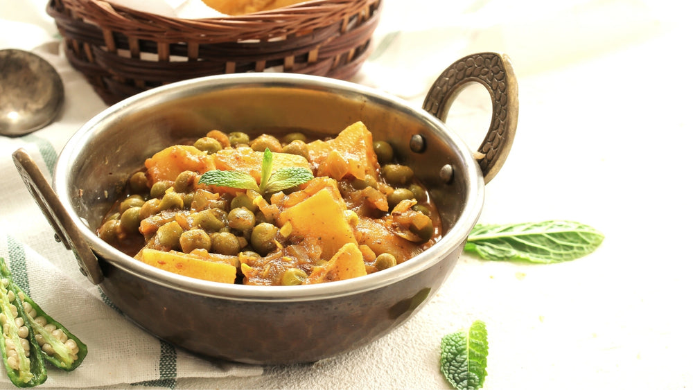 Instant Pot Potato and Peas Curry