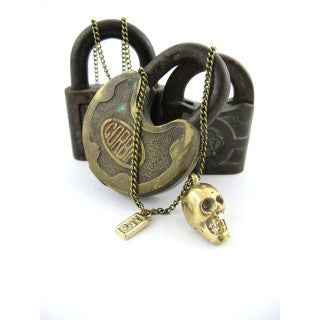 'urban goth esquire' necklace