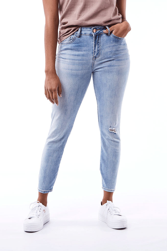 Rf12 Skinny _ 111573 _ Light Wash -  Womens Bottoms - Refinery Clothing Store | South Africa