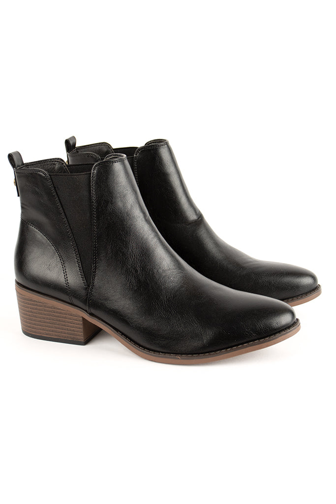 Block Heel Boot _ 120261 _ Black