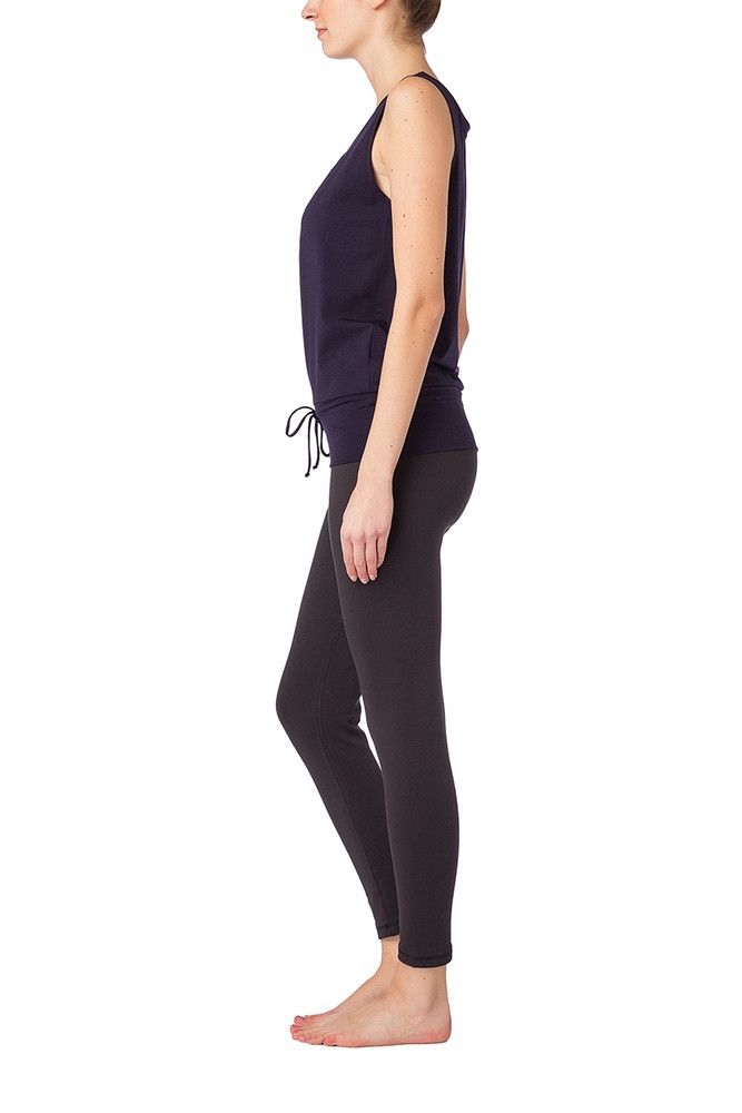 Wellicious <br/> Easy Nosleeve Top <br/> deep night blue