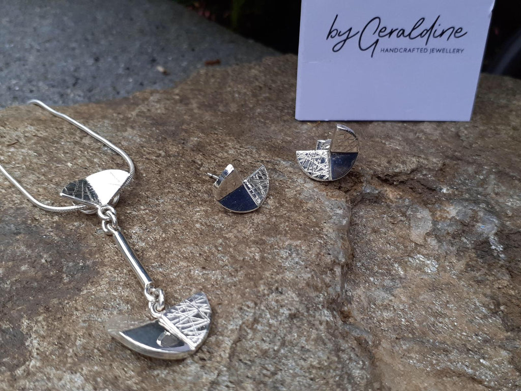 Handcrafted Jewellery By Geraldine Sterling Silver Pendant Digging