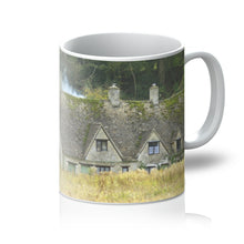 Load image into Gallery viewer, Arlington Row in Bibury Mug