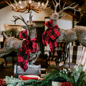 Flying Reindeer and Plaid Make a Christmas Table