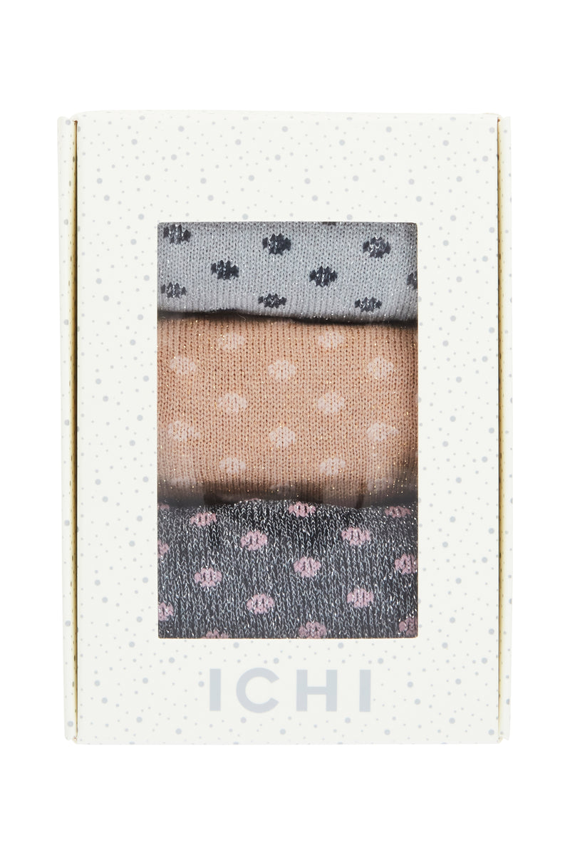 ICHI - SOCK BOX CANNES - Styling by Claudia