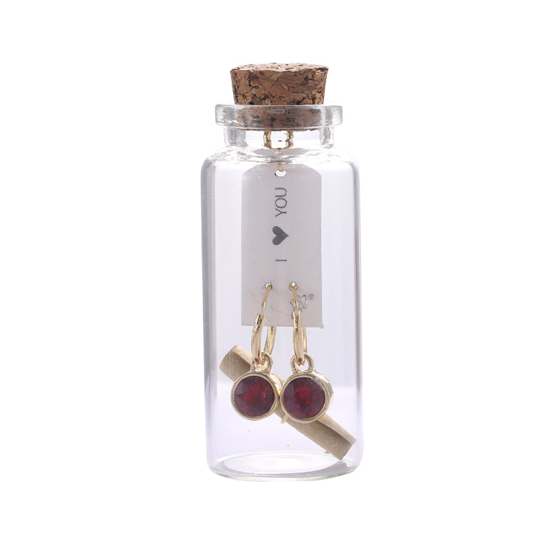 "Yehwang - Gift bottle ""I love you"" - Earrings - Styling by Claudia"