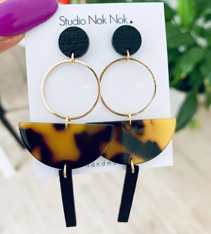STUDIO NOK NOK - EARRINGS - 3.04 - Styling by Claudia