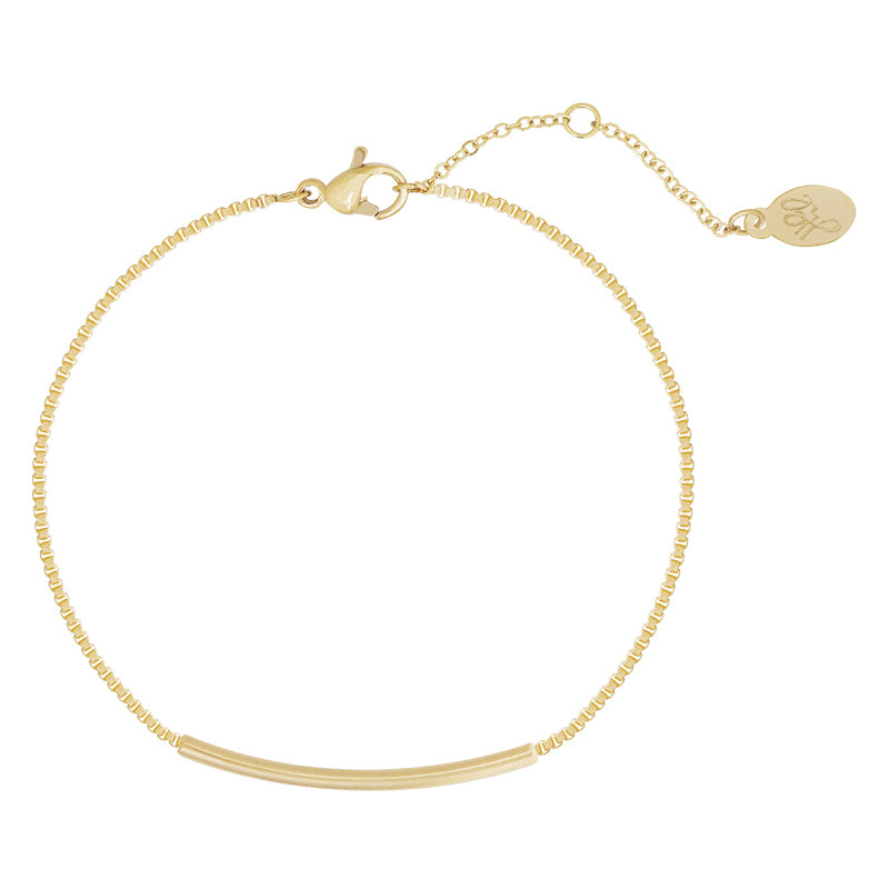 YEHWANG - BRACELET BOWED BAR - GOLD - Styling by Claudia