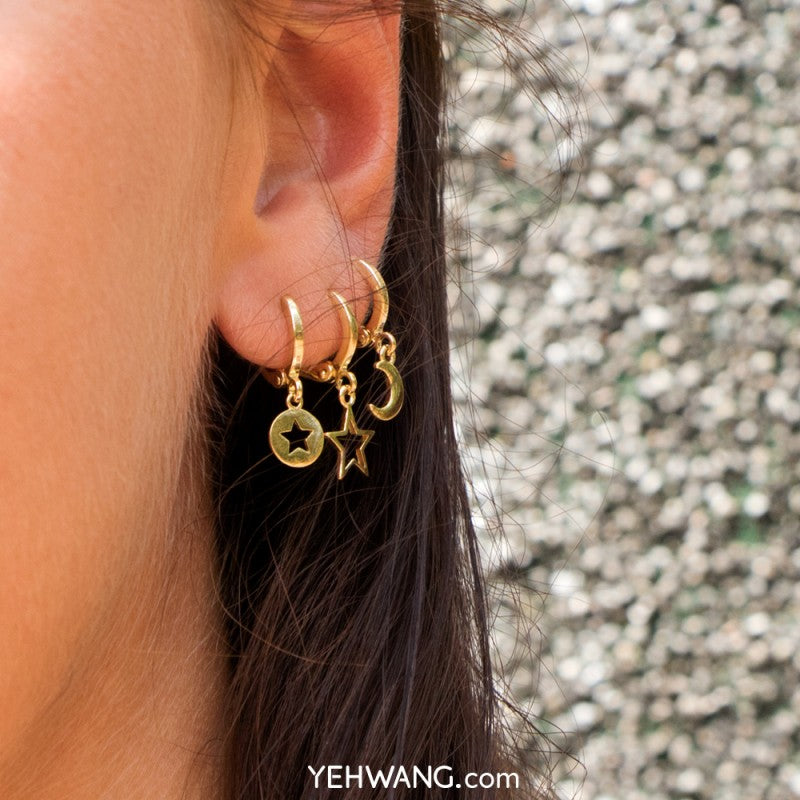 Yehwang - Earrings Milky Way collection - Half Moon - Styling by Claudia