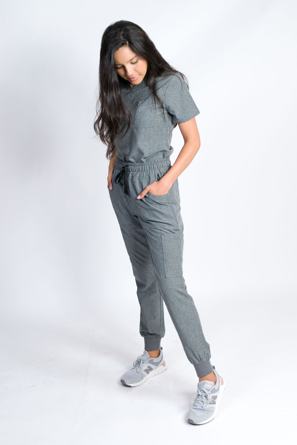 Fleur | Women's Mitered Neck Zip Chest Pocket Top Knit Rib Cuffs Jogger Pants Set | Heather Graphite