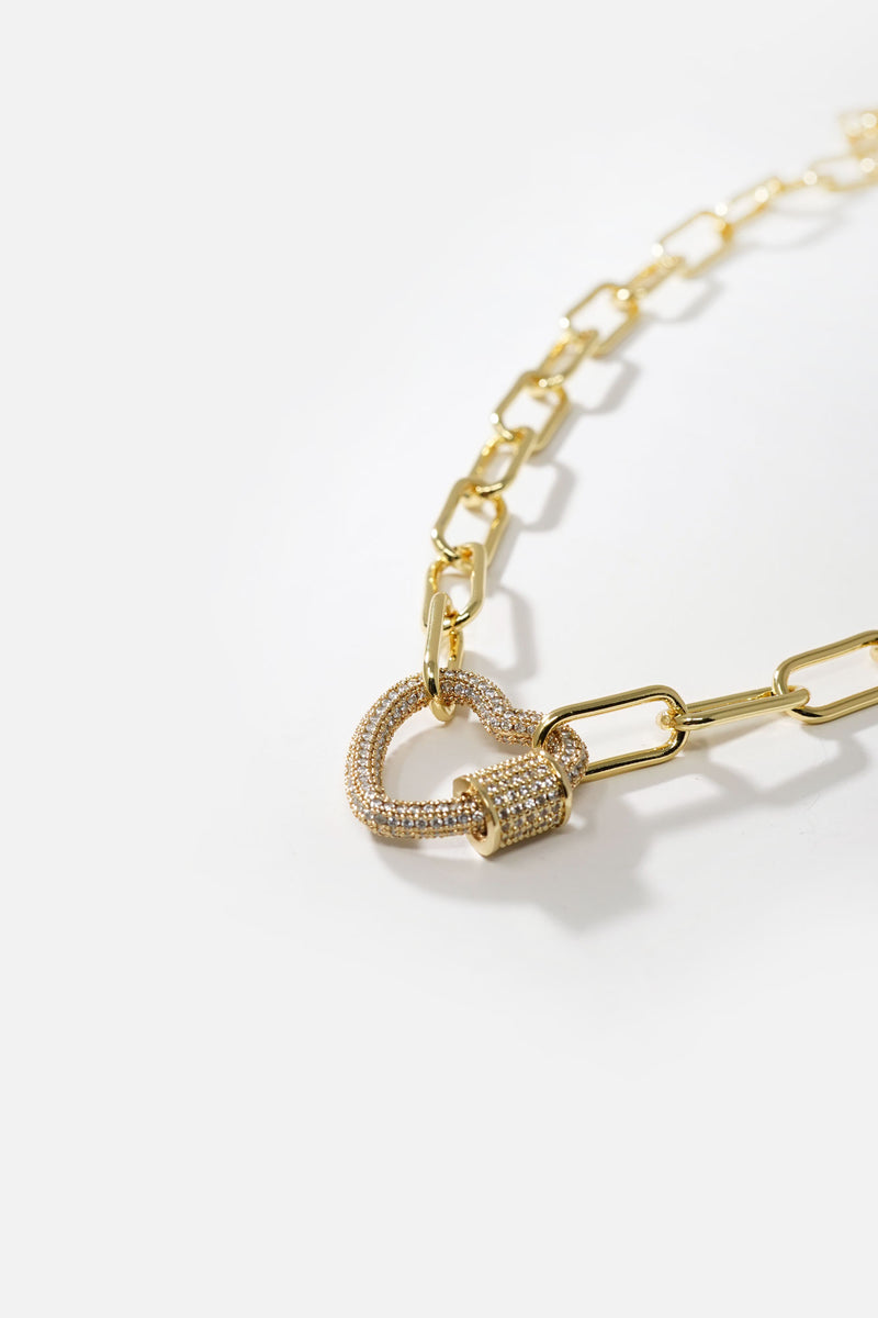 Oda Heart Chain Link Necklace