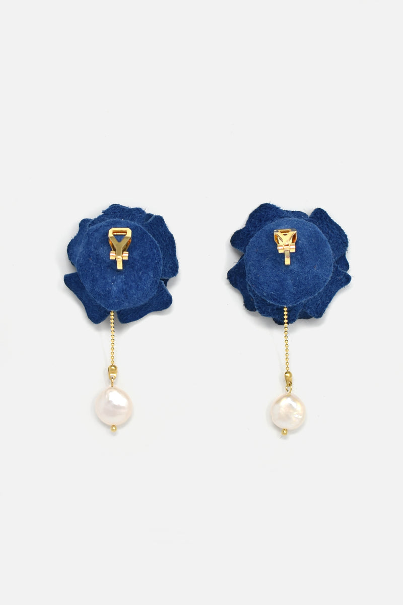 Handcrafted Perle Bleu Earring