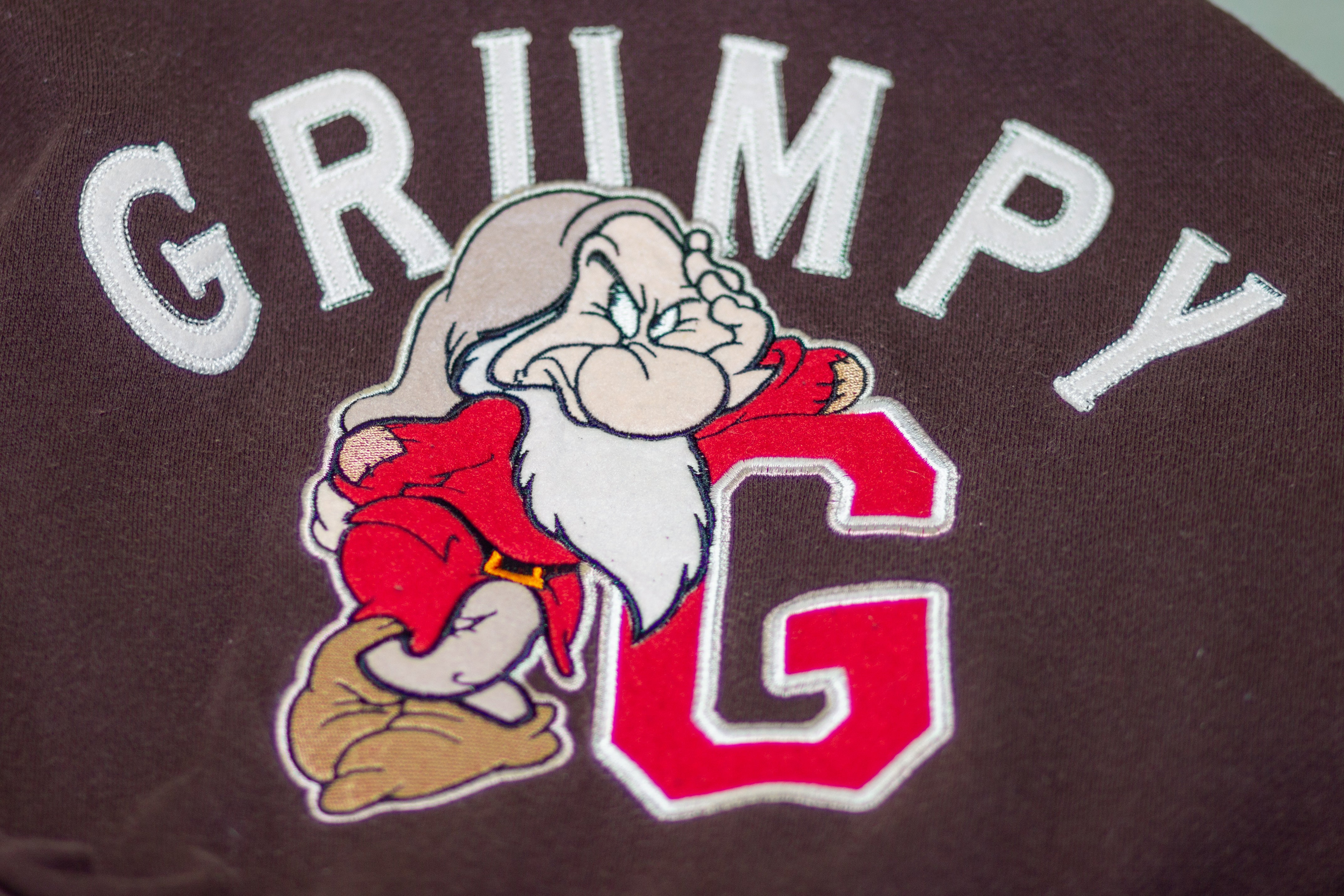 Disney Grumpy Hoodie Size: Medium 80% Cotton 20% Polyester Made in Thailand God Pre-Owned Condition - Vintage Heaven Shop