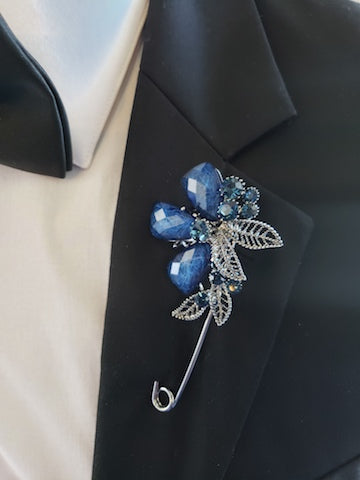 Blue Lapel Pin & blue broche