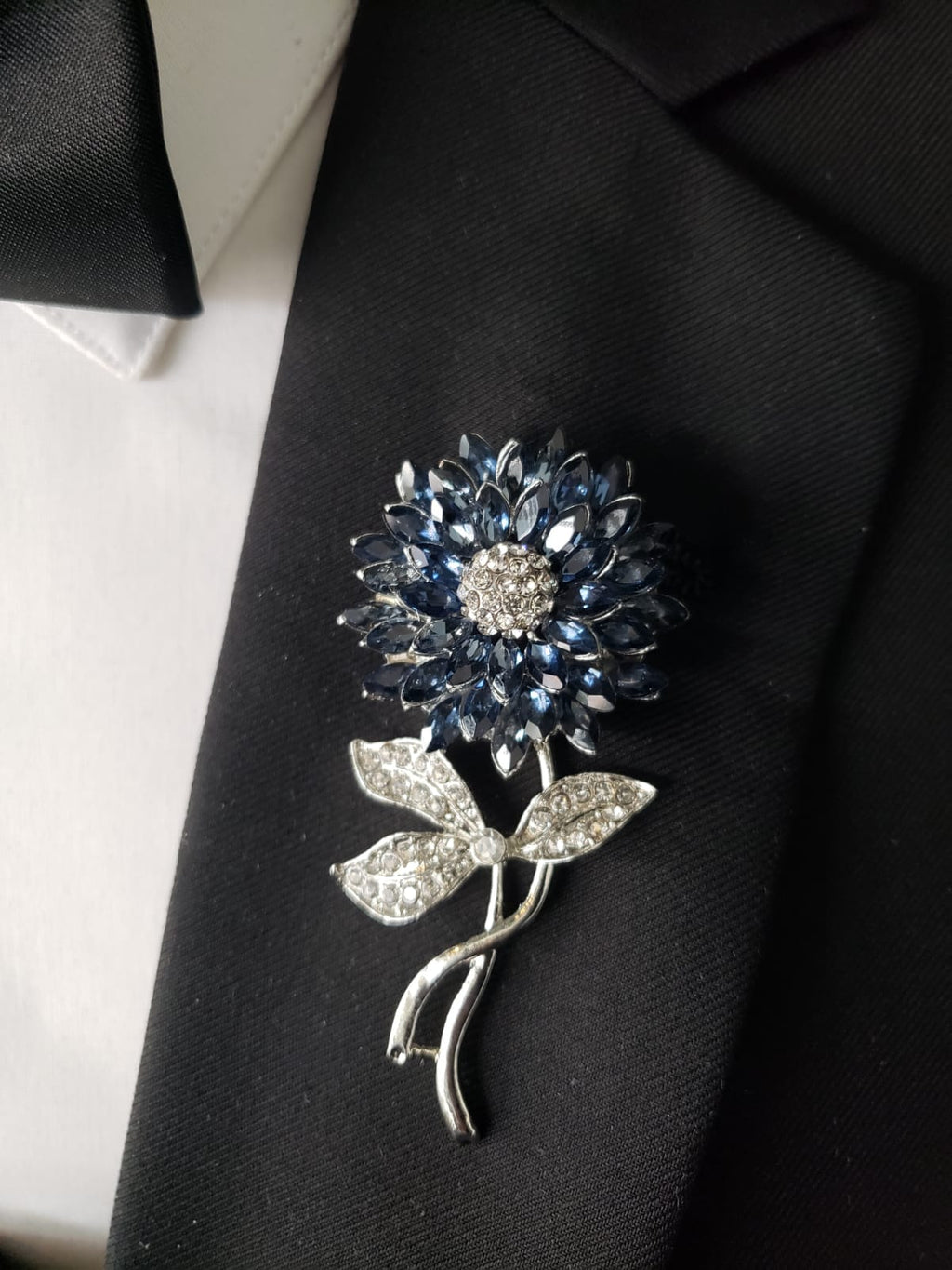Blue and Silver Sunflower lapel pin