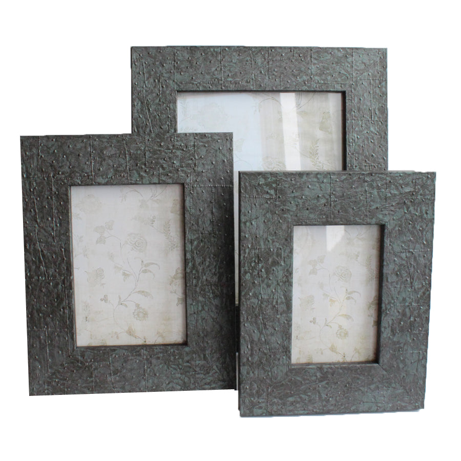 "Grey/Green Photo Frame 5"" x 7"""