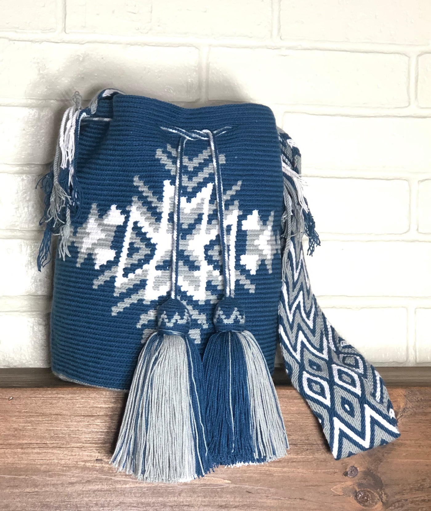 Shoulder Bag ~ DIBULLA
