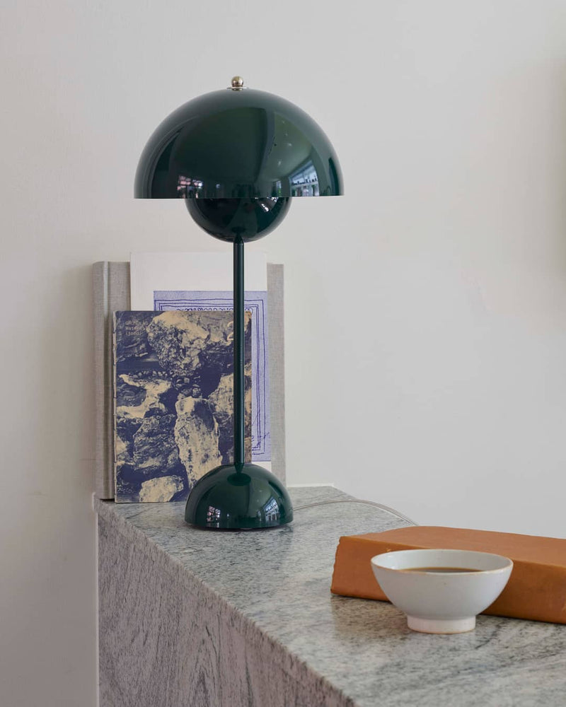 Flowerpot Table Lamp