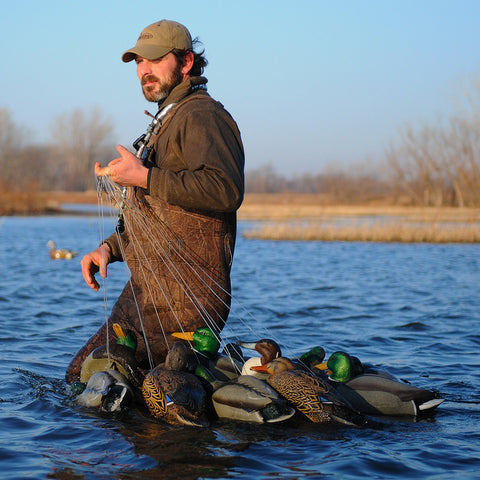 Avery/GHG 6 oz Texas Rig Quick Rig Decoying System for 12 Duck Decoys.