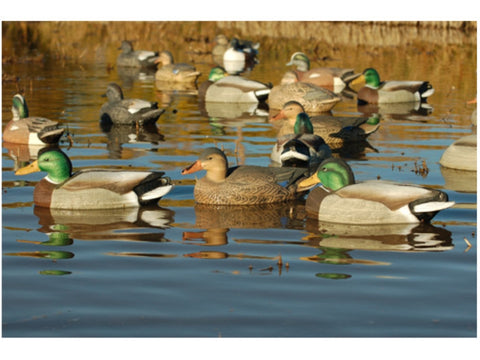 Avery/GHG Life-Size series Mallard Duck Decoys 3 Pack