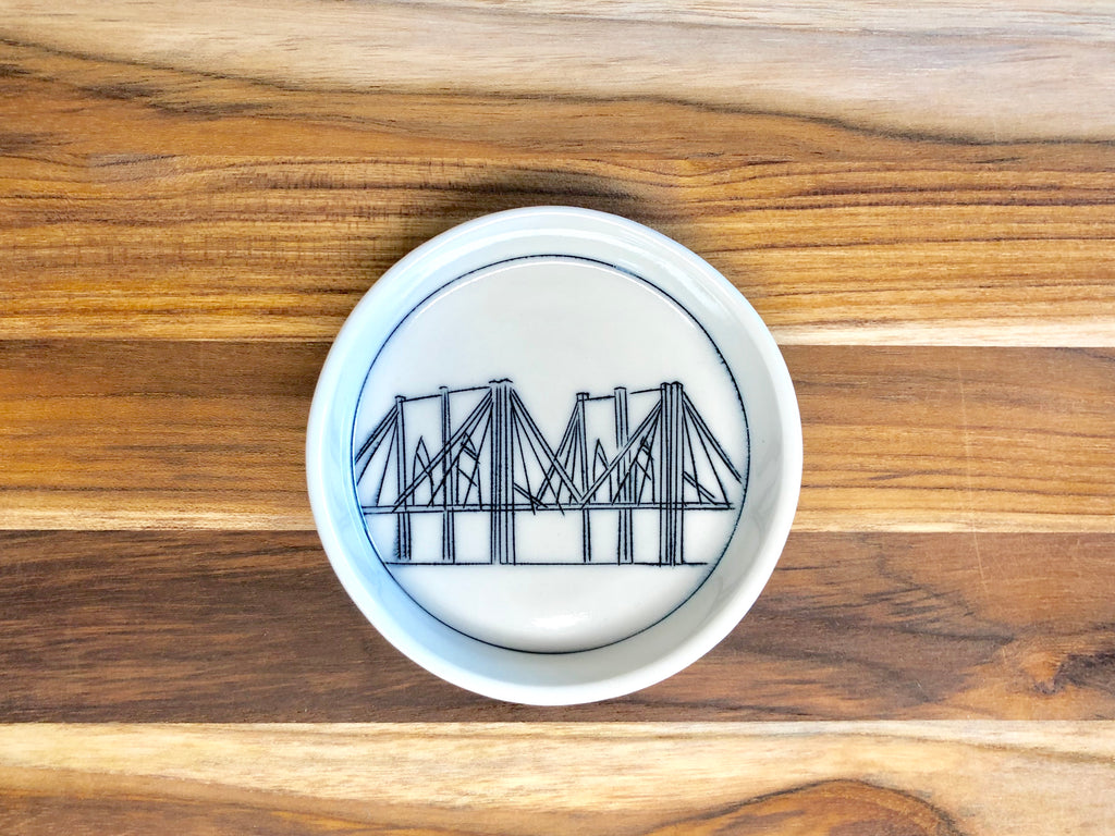 Brooklyn Bridge Teeny Tiny Round Dish