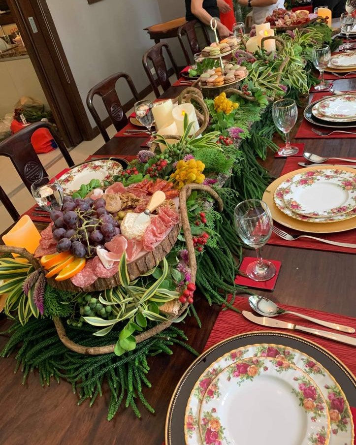 Long holiday party table arrangement