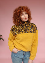 Load image into Gallery viewer, Yellow Leopard and Boucle Half Zip Pullover
