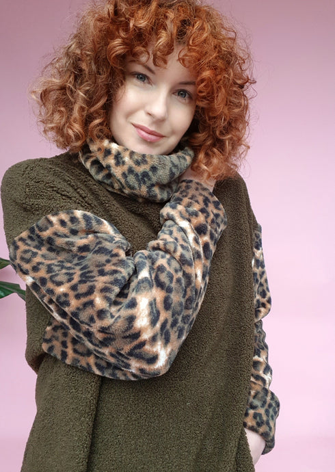 Bouclé Turtleneck Jumper with Leopard Fleece