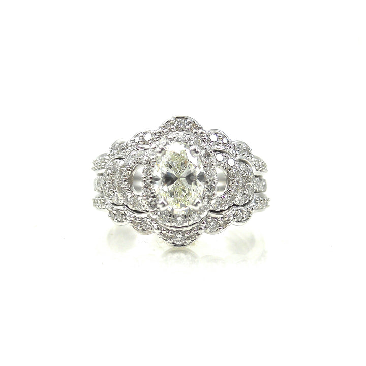 Oval Diamond with Scalloped Bands Dream Ring