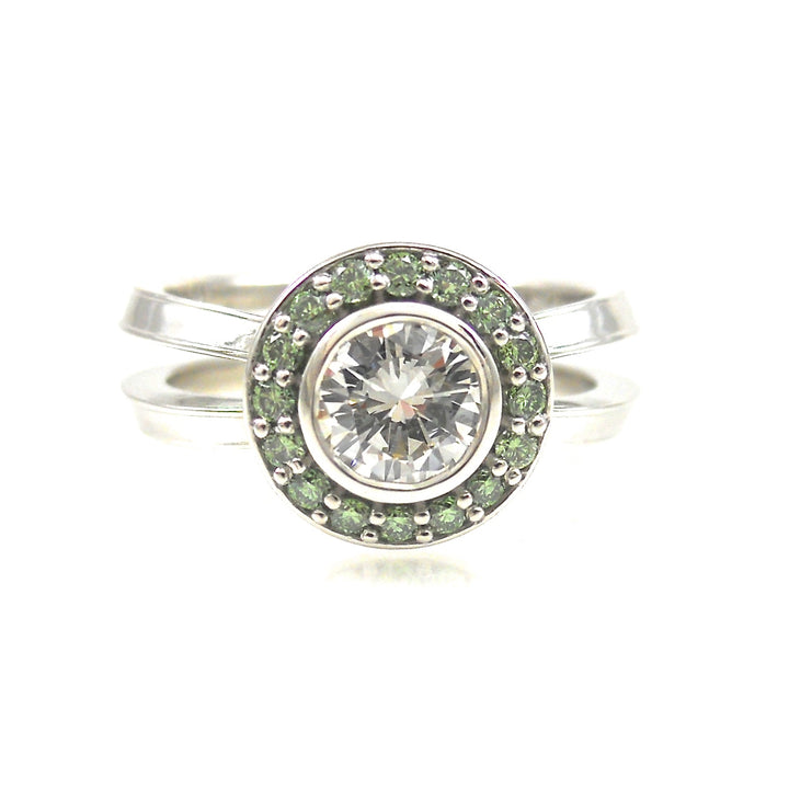 HALO DIAMOND ENAGEMENT RING