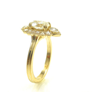 yellow gold scalloped halo diamond engagement ring