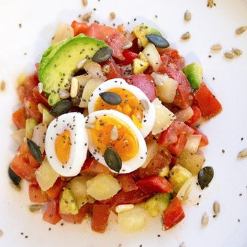 Low Carb Avocado-Tomaten-Salat