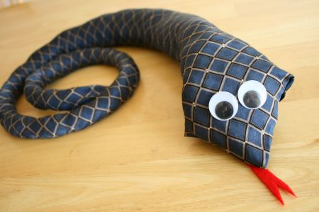 Top 5 Chinese New Year Craft Ideas, Fathers Day Crafty Tie Snake