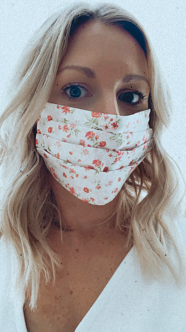 PINK FLOWERS / GREEN LEAVES PROTECTIVE MASK
