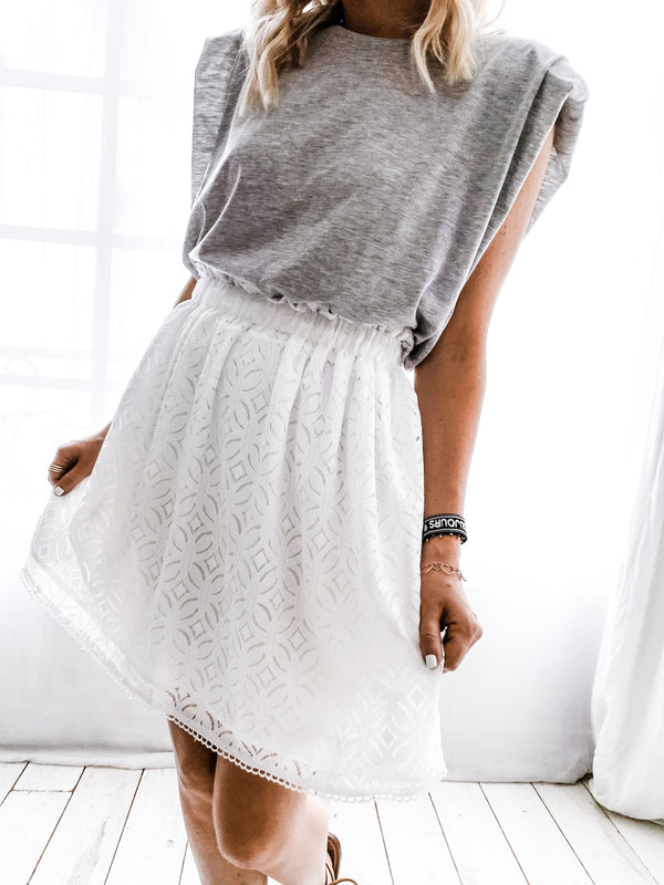ANTIKA EMBROIDERED SKIRT