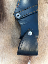 Load image into Gallery viewer, Wild Meester professional hunter #4 - Early prototype - Buffalo Horn