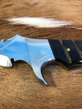 Load image into Gallery viewer, Wild Meester professional hunter #3 - Early prototype - Buffalo Horn - no sheath