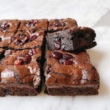 Load image into Gallery viewer, Cranberry dark chocolate brownies - Chocomono