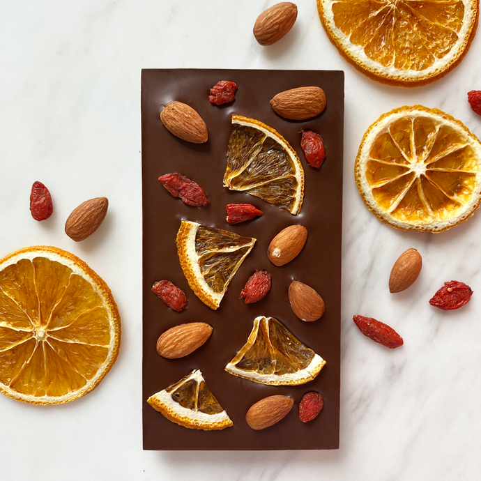 Orange, almond & goji berry - Chocomono