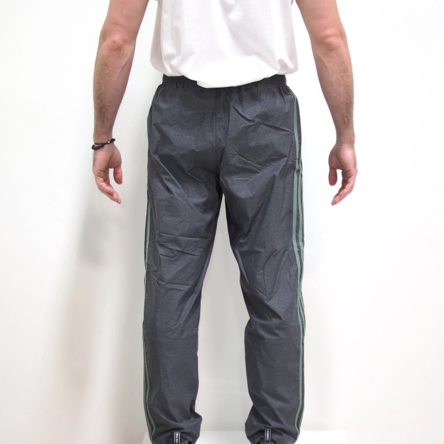 ESS WOVEN PANT