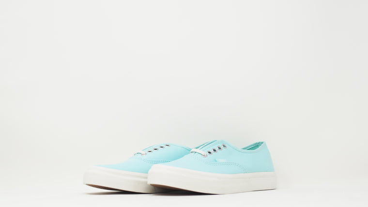 Authentic Slim 'Brushed Twill'