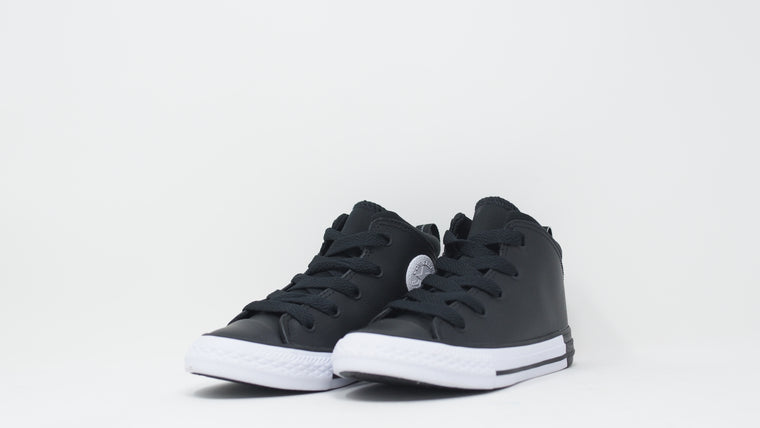 Chuck Taylor Official Mid