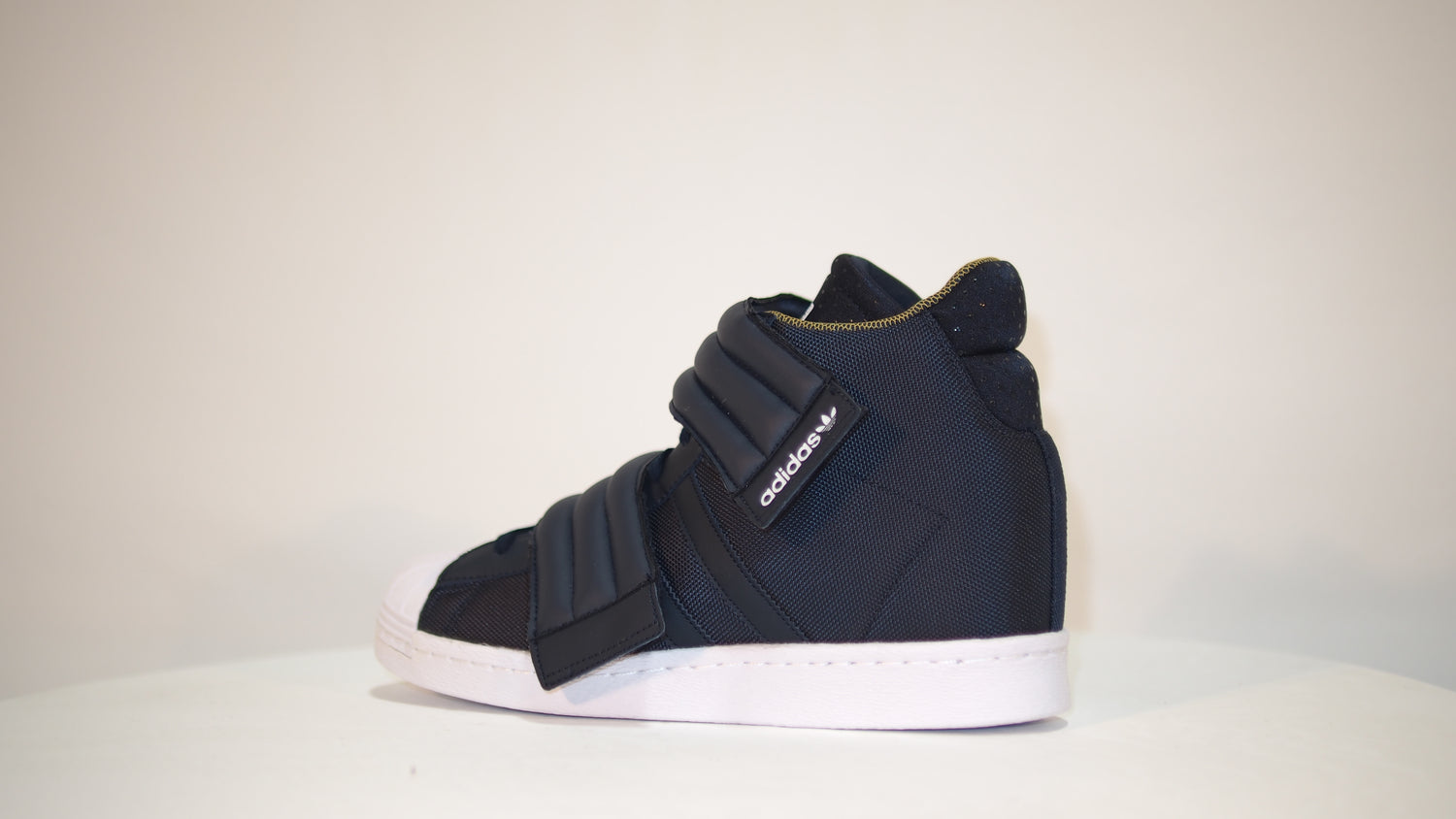 Superstar Up 2Strap W