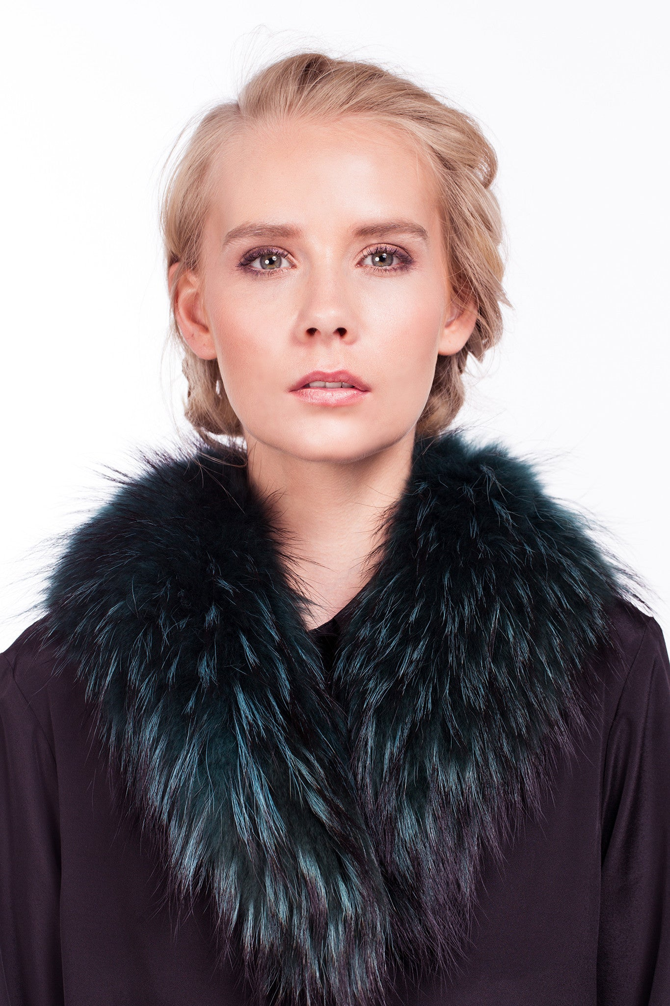 x Short Croombe Collar in Fir - The Soho Furrier