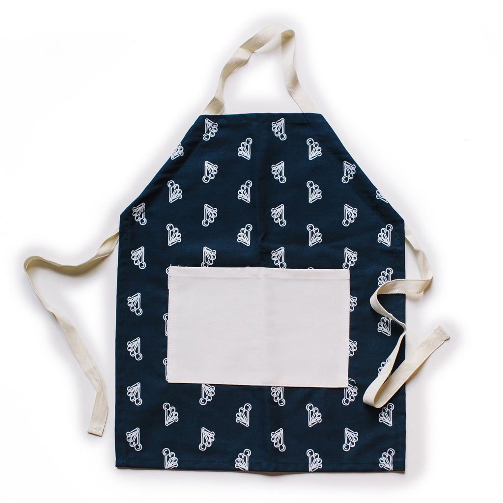 Measuring apron set